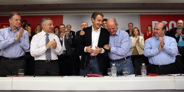 """Zapatero tras su anuncio: """"No seré candidato""""/ INMA MESA (PSOE)"""